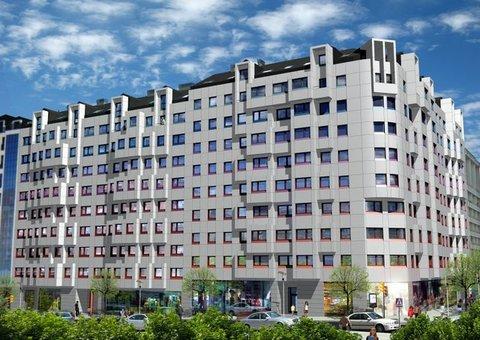 Cuenca Hevia - EDIFICIO PARA 133 VIVIENDAS, LOCALES, TRASTEROS Y GARAJE EN AVILÉS - Arquitectos Cosme Cuenca Y Jorge Hevia S.L.P.
