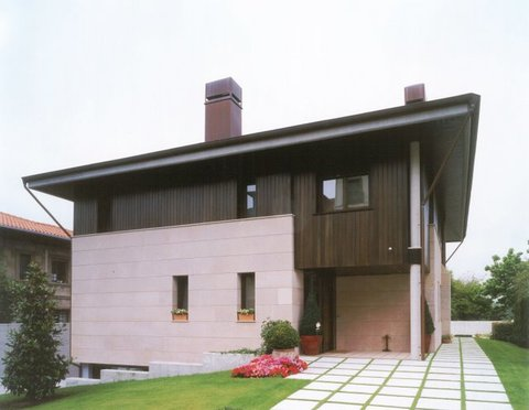 Cuenca Hevia - VIVIENDA UNIFAMILIAR EN C/ GALIANA, AVILÉS. - Arquitectos Cosme Cuenca Y Jorge Hevia S.L.P.