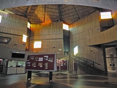 Cuenca Hevia - REPARACIÓN DE LA CUBIERTA DEL AULARIO DE LA FACULTAD DE GEOLOGÍA DE OVIEDO - Arquitectos Cosme Cuenca Y Jorge Hevia S.L.P.